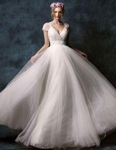 2015 A-linie Schultern Tiefem V-ausschnitt Gesticktes Blumen Schärpe Bodenlange Spitze Brautkleid