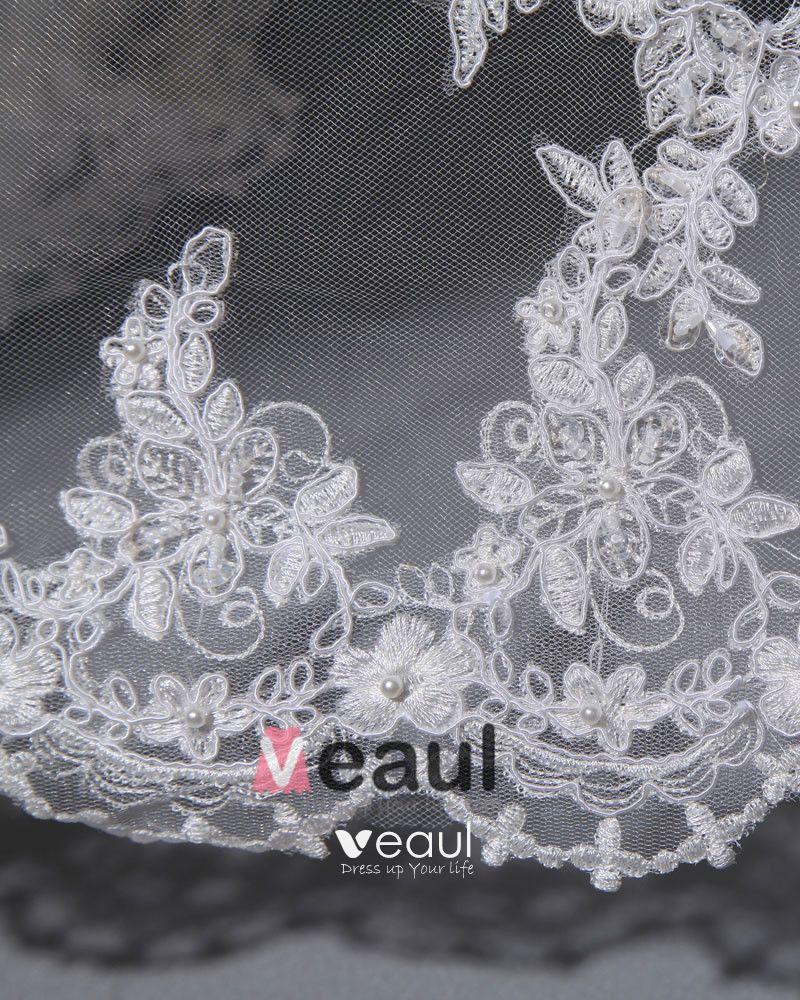 Applique Yarn Satin Ruffles Beading Sleeveless Sweetheart Chapel Train A-Line Wedding Dresses