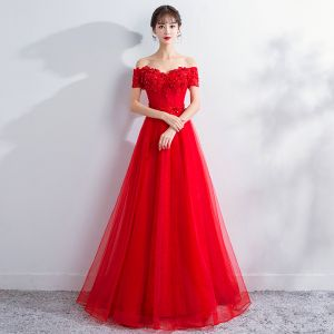 Chic / Beautiful Red Prom Dresses 2018 A-Line / Princess Lace Flower Crystal Beading Off-The-Shoulder Sleeveless Floor-Length / Long Formal Dresses