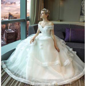 Élégant Blanche Robe De Mariée 2017 Robe Boule En Dentelle Fleur Paillettes Dos Nu De l'épaule Manches Courtes Longue