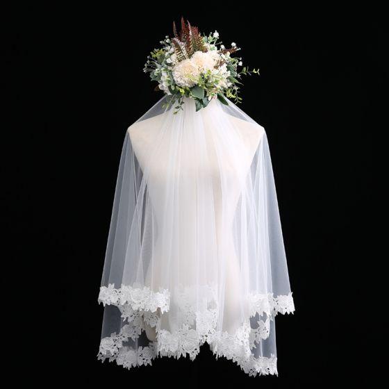 Piękne Białe Krótkie Welony Ślubne 1.5 m Szyfon Koronkowe Ślub Akcesoria 2019