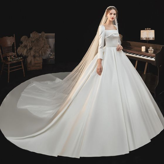 Victorian Style Ivory Satin Wedding Dresses 2021 Ball Gown Square Neckline Long Sleeve Royal Train Wedding