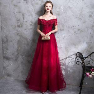 Sexy Bordeaux Robe De Soirée 2018 Princesse En Dentelle Appliques Perlage Cristal De l'épaule Dos Nu Sans Manches Longue Robe De Ceremonie