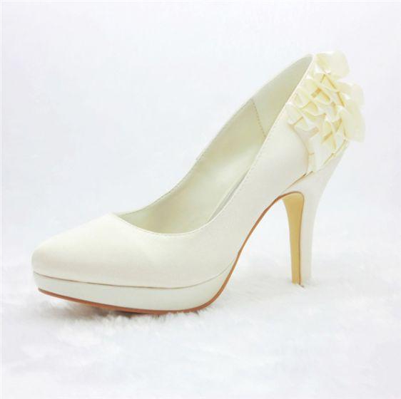 Simple Bridal Shoes Satin Stilettos Pumps With Ruffle