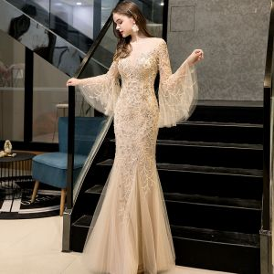 High End Gold Durchsichtige Abendkleider 2020 Meerjungfrau Eckiger Ausschnitt Lange Ärmel Glockenhülsen Handgefertigt Perlenstickerei Lange Rüschen Festliche Kleider