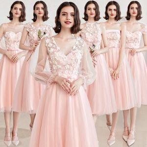 Niedrogie Różowy Perłowy Sukienki Dla Druhen 2019 Princessa Aplikacje Z Koronki Szarfa Krótkie Bez Pleców Sukienki Na Wesele