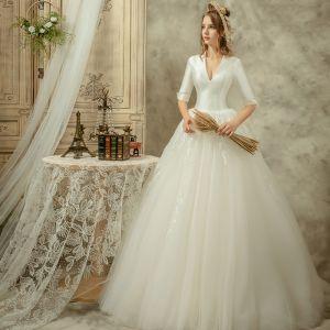Styl Audrey Hepburn Kość Słoniowa Suknie Ślubne 2019 Princessa V-Szyja 1/2 Rękawy Bez Pleców Długie Wzburzyć
