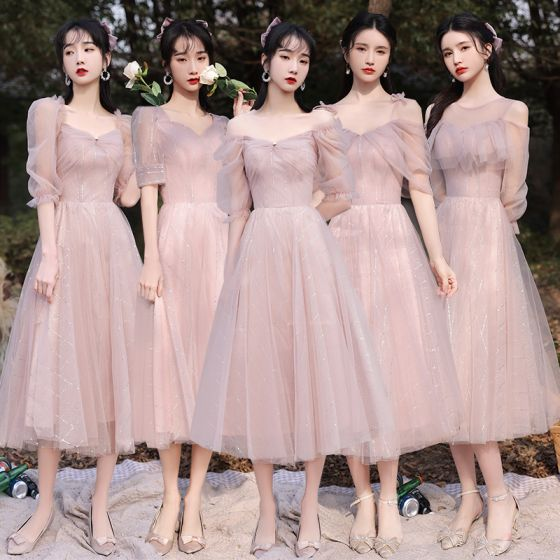 Modest / Simple Blushing Pink Bridesmaid Dresses 2021 A-Line / Princess V-Neck Short Sleeve Backless Tea-length Wedding Party Dresses