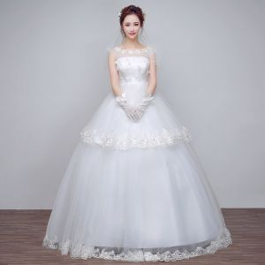 Modest / Simple Classic Hall Wedding Dresses 2017 Lace Flower Appliques Sequins Shoulders Sleeveless Floor-Length / Long White Ball Gown