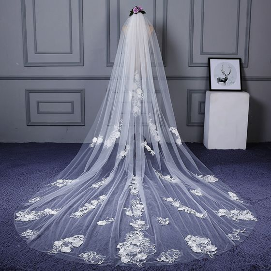 Chic / Beautiful White Cathedral Train Wedding Appliques Flower Tulle Wedding Veils 2018