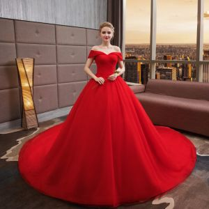 Modest / Simple Solid Color Red Wedding Dresses 2019 A-Line / Princess Off-The-Shoulder Short Sleeve Backless Royal Train