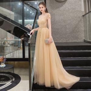 Illusion Gold Durchsichtige Abendkleider 2019 A Linie Rundhalsausschnitt Kurze Ärmel Strass Perlenstickerei Sweep / Pinsel Zug Rüschen Festliche Kleider