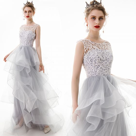 Classy Silver Prom Dresses 2020 A-Line / Princess Scoop Neck Lace Sequins Sleeveless Cascading Ruffles Sweep Train Formal Dresses