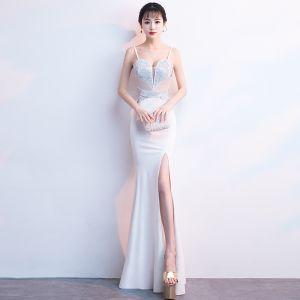 Sexy White Evening Dresses  2018 Trumpet / Mermaid Spaghetti Straps Sleeveless Rhinestone Split Front Floor-Length / Long Ruffle Backless Formal Dresses