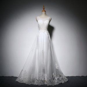 Elegante Weiß Brautkleider 2018 A Linie Mit Spitze Applikationen Durchsichtige Rundhalsausschnitt Rückenfreies Ärmellos Lange Hochzeit