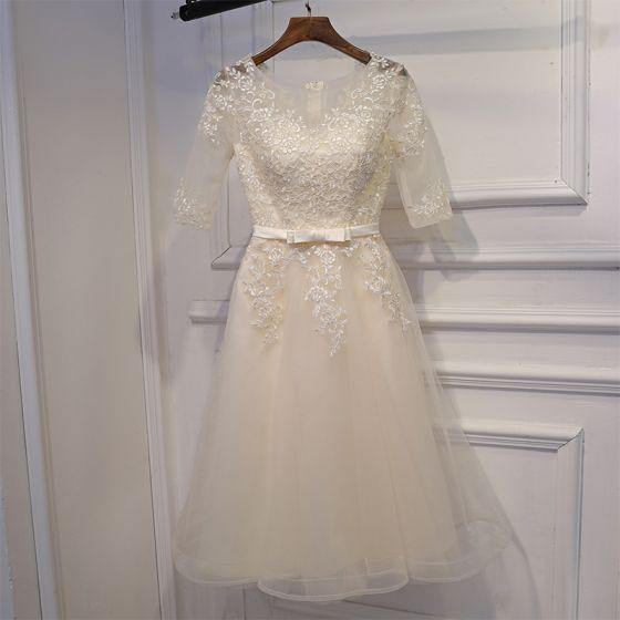 Sencillos Champán Vestidos para bodas 2017 Con Encaje Flor Bowknot Cortos Scoop Escote 1/2 Ærmer A-Line / Princess Vestidos De Damas De Honor