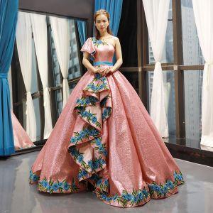Scintillantes Perle Rose Paillettes Dansant Robe De Bal 2020 Robe Boule Une épaule Manches Courtes Appliques Brodé Fleur Longue Volants Dos Nu Robe De Ceremonie