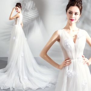 Charming Ivory Organza Wedding Dresses 2018 A-Line / Princess V-Neck Sleeveless Appliques Flower Chapel Train Ruffle