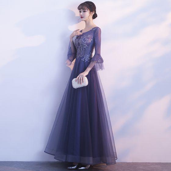 Elegant Grape Evening Dresses  2019 A-Line / Princess Scoop Neck Bell sleeves Appliques Lace Beading Floor-Length / Long Ruffle Formal Dresses