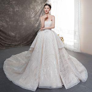 Bling Bling Champagner Brautkleider / Hochzeitskleider 2019 Ballkleid Herz-Ausschnitt Ärmellos Rückenfreies Schleife Glanz Tülle Kathedrale Schleppe Rüschen