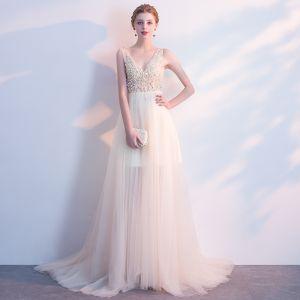 Eleganckie Szampan Sukienki Wieczorowe 2018 Princessa Cekiny Perła V-Szyja Bez Pleców Bez Rękawów Trenem Sweep Sukienki Wizytowe