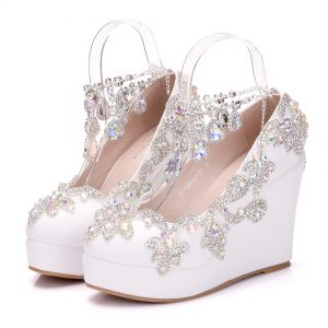 Sparkly White Wedding Shoes 2018 Rhinestone Crystal Round Toe Wedding Wedges Sandals