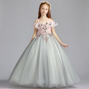 Chic / Beautiful Grey Flower Girl Dresses 2019 A-Line / Princess Shoulders Off-The-Shoulder Short Sleeve Appliques Lace Pearl Floor-Length / Long Ruffle Backless Wedding Party Dresses