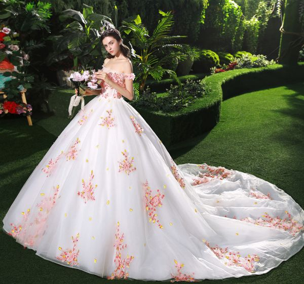 Red And White Ball Gown Wedding Dress: Chic / Beautiful White Wedding Dresses 2018 Ball Gown