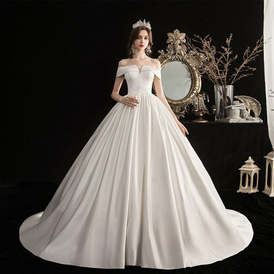 Modest / Simple Ivory Satin Bridal Wedding Dresses 2020 A-Line / Princess Off-The-Shoulder Short Sleeve Backless Sweep Train