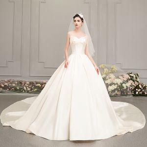 Modest / Simple Satin Champagne Wedding Dresses 2019 A-Line / Princess Amazing / Unique Sweetheart Sleeveless Backless Cathedral Train Ruffle