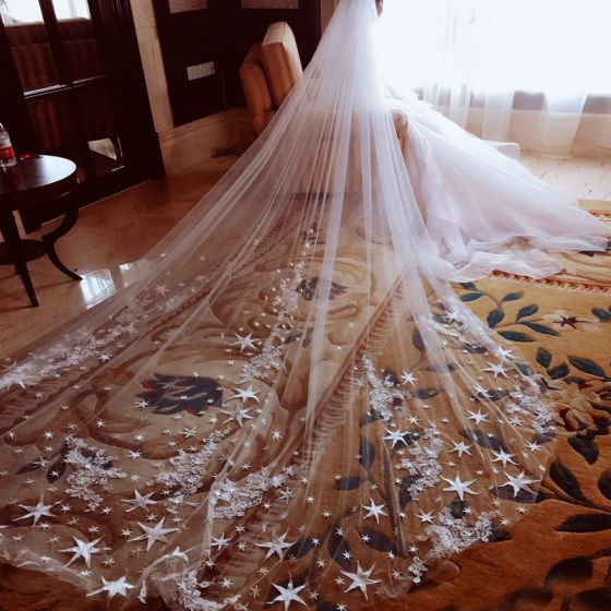 Amazing / Unique White Wedding Veils 2017 Tulle 5m Star Appliques Wedding