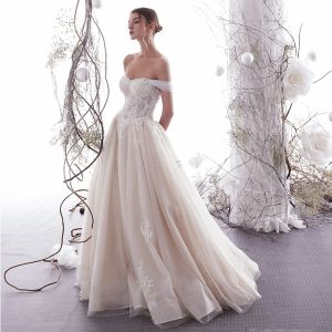 Sexy Champagne Wedding Dresses 2019 A-Line / Princess Off-The-Shoulder Lace Flower Sequins Sleeveless Backless Floor-Length / Long