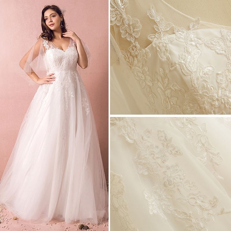 Chic / Beautiful White Wedding Dresses 2017 A-Line / Princess Tulle V-Neck Appliques Embroidered Backless Wedding