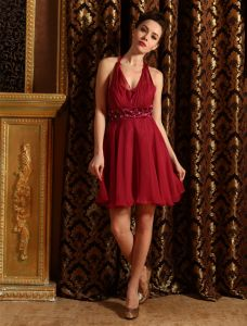 Halter Perles Ceinture Robe Bordeaux En Mousseline De Cocktail