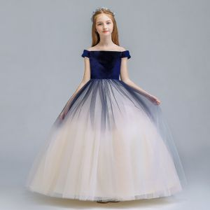 Chic / Beautiful Navy Blue Champagne Gradient-Color Suede Flower Girl Dresses 2019 A-Line / Princess Off-The-Shoulder Short Sleeve Floor-Length / Long Ruffle Backless Wedding Party Dresses