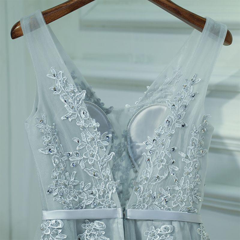Chic / Belle Argenté Robe Pour Mariage Robe Demoiselle D'honneur 2017 Dentelle Fleur Lanières Dos Nu Sans Manches V-Cou Princesse Courte