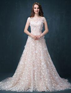 Une Ligne Appliques Princesse Carré Décolleté Dos Nu Perlage Robe De Mariée En Organza