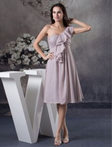 2015 Unique Empire Ruffle One Shoulder Pleated Short Bridesmaid Dresses