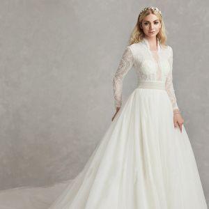 Amazing / Unique White Wedding Dresses 2020 A-Line / Princess Deep V-Neck Long Sleeve Backless Beading Pearl Handmade  Embroidered Chapel Train Wedding