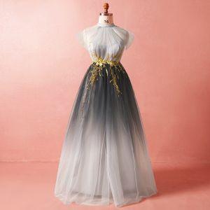 Chic / Belle Gris Grande Taille Robe De Soirée 2018 Princesse Tulle Col Haut Bretelles croisées Appliques Dos Nu Été Soirée Robe De Ceremonie