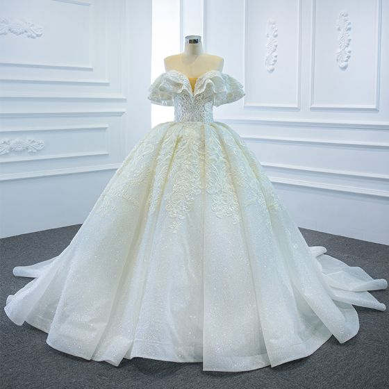 Luxury / Gorgeous White Bridal Wedding Dresses 2020 Ball Gown Off-The-Shoulder Short Sleeve Backless Glitter Tulle Beading Appliques Lace Chapel Train Ruffle