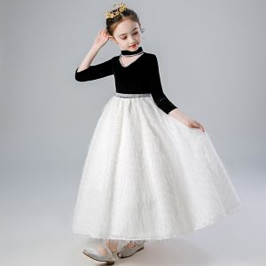 Vintage / Retro Black White Flower Girl Dresses 2020 A-Line / Princess High Neck 3/4 Sleeve Appliques Lace Rhinestone Sash Floor-Length / Long Ruffle