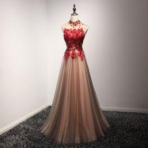 Chic / Belle Robe De Soirée Robe De Ceremonie 2017 Marron Princesse Longue Col Haut Sans Manches Dos Nu En Dentelle Appliques Perlage Cristal