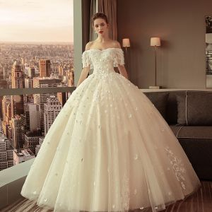 Elegant Champagne Wedding Dresses 2018 Ball Gown Lace Appliques Beading Pearl Sequins Off-The-Shoulder Sleeveless Backless Floor-Length / Long Wedding