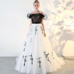 Mode Schwarz Ballkleider 2018 A Linie Tülle Bandeau Ball Rückenfreies Stickerei Festliche Kleider