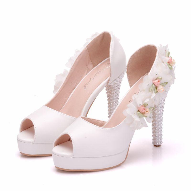 9e21f68665d Elegant White Wedding Shoes 2018 Appliques Rhinestone Pearl 11 cm ...