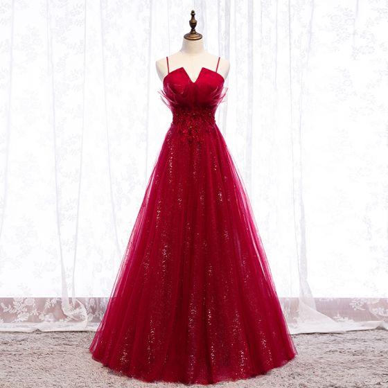 Encantador Borgoña Vestidos de noche 2019 A-Line / Princess Spaghetti Straps Crystal Con Encaje Flor Rhinestone Sin Mangas Sin Espalda Largos Vestidos Formales
