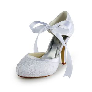 Glamoureuze Witte Bruidsschoenen Kant Stiletto Sandalen Met Lint Stropdas Riem