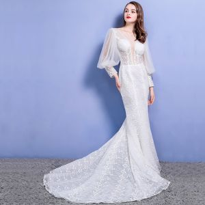 Affordable Beach Wedding Dresses 2017 White Trumpet / Mermaid V-Neck Long Sleeve Lace Appliques Pierced Backless Chapel Train