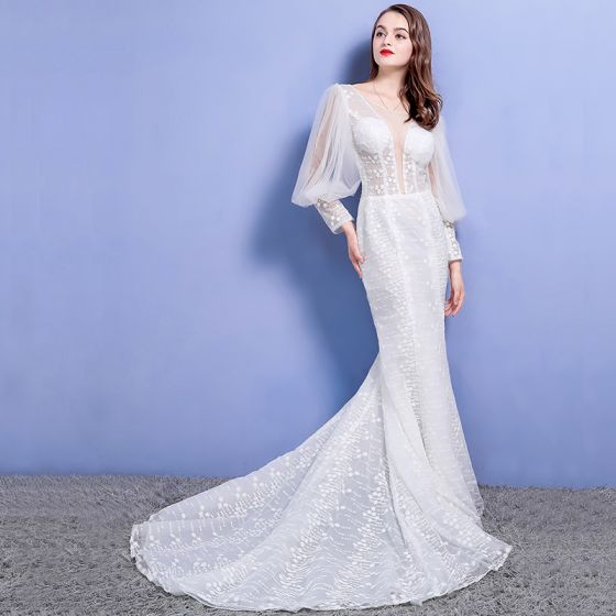 Affordable Beach Wedding Dresses 2017 White Trumpet Mermaid V Neck Long Sleeve Lace Appliques Pierced Backless Chapel Train